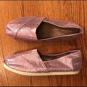 NWOT Madden Girl Glitter Loafers